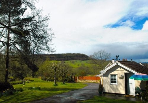 Lake Holiday Cottage with fantastic far reaching views