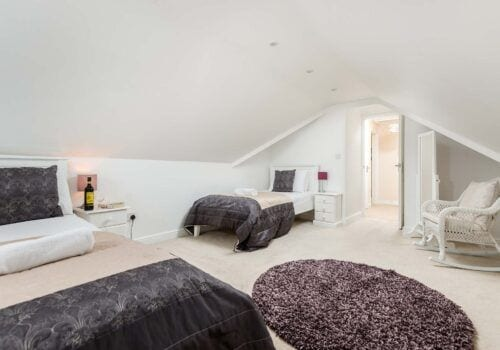 New Forest holiday home family bedroom Mews Hill