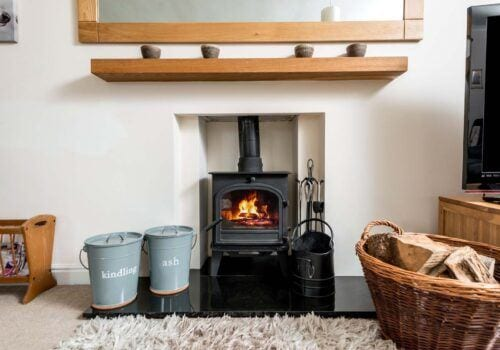Light the fire and relax in this Hampshire holiday home