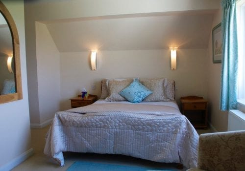 Light and airy double bedroom at Oaktree Cottage South Farm