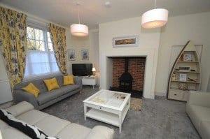Quay-Corner-Sitting-Room__