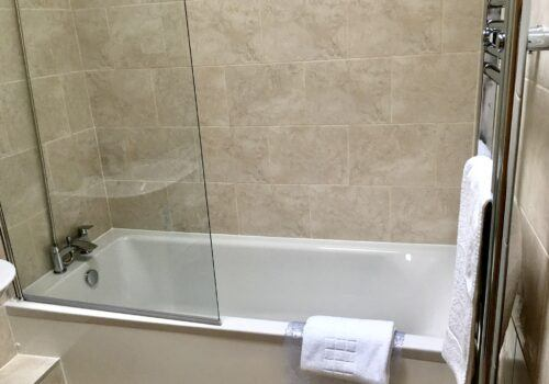 Bathroom in holiday let in Devon