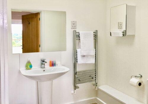 En-suite for Master bedroom at Blackdown Views