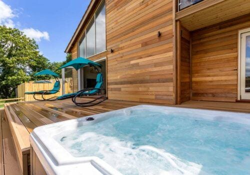 Stunning Devon Holiday Home with Hot Tub