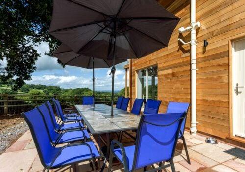 Dine Al Fresco in this Devon self catering house