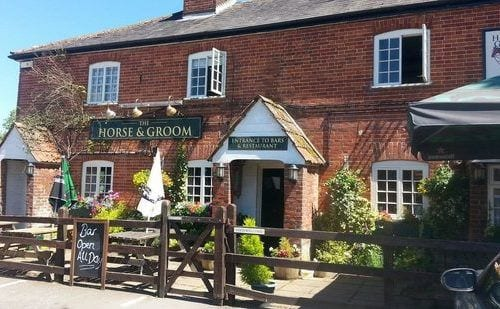 Horses & Groom is just a 2 minute walk from holiday let home in the New Forest