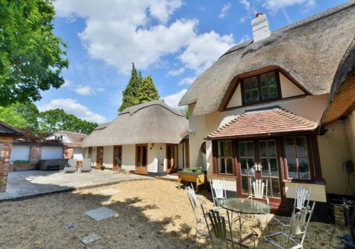 Dorset Self catering thatched cottage